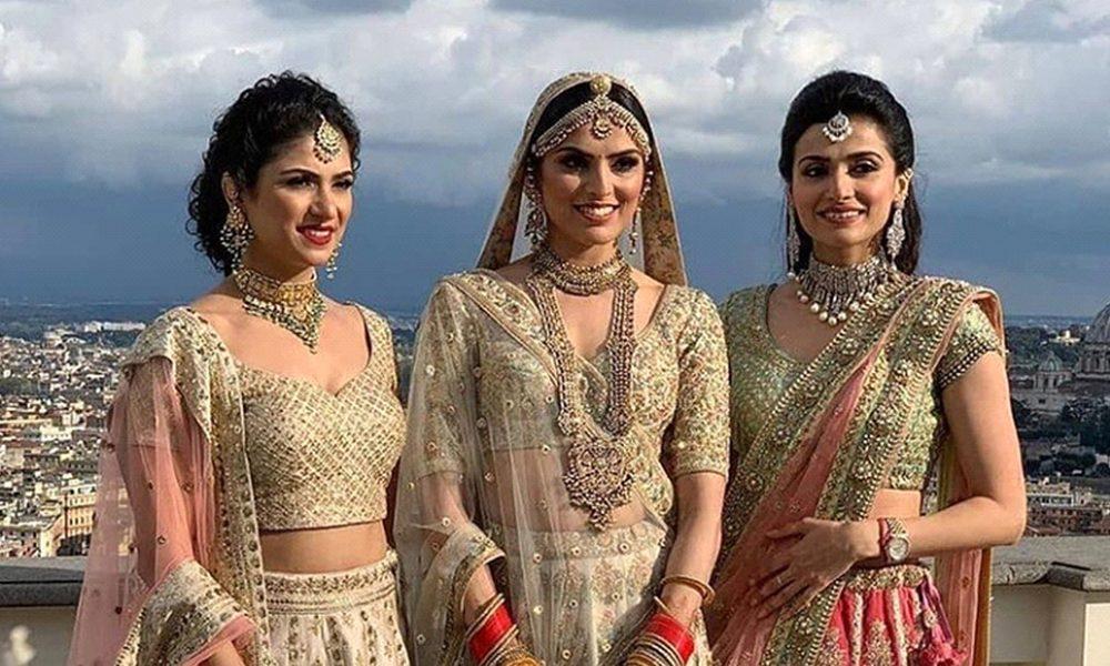 Trendy Pakistani Wedding Outfits Ideas by samsara